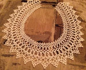 tatting-collar